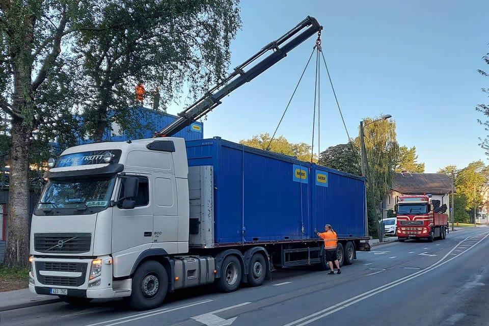 Ülegabariidilised veod ja transporditeenused platvormhaagisega. Stekkor Transport OÜ.